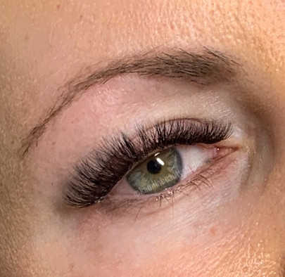 How should you prepare yourself for LASH EXTENSIONS appointment?