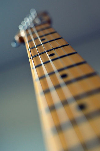 guitar-102708_1280.jpg