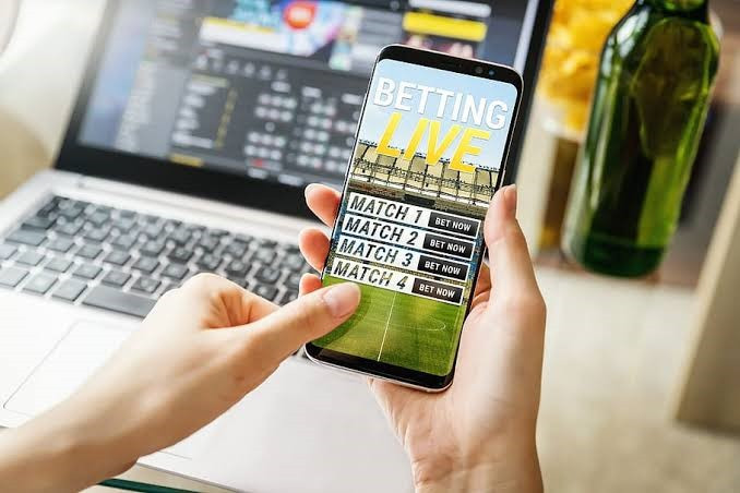 Earn Extra Money with Betting Online