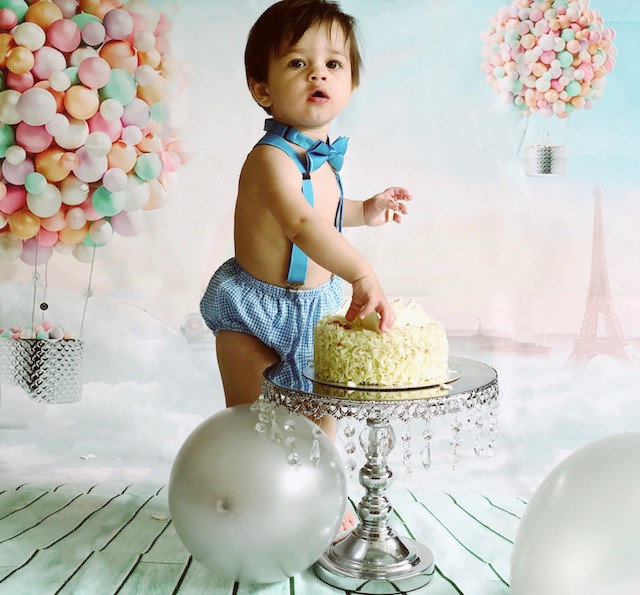 Cool Creating Babys First Birthday Cake Smash Diy A 10 Step Diy Guide Funny Birthday Cards Online Fluifree Goldxyz