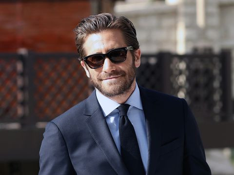 fashio, style, fashionable, stylish, trends, men fasiona, celebrity, actor, man style, male accessories, glasses, sunglasses, accessories, jake gyllenhaal