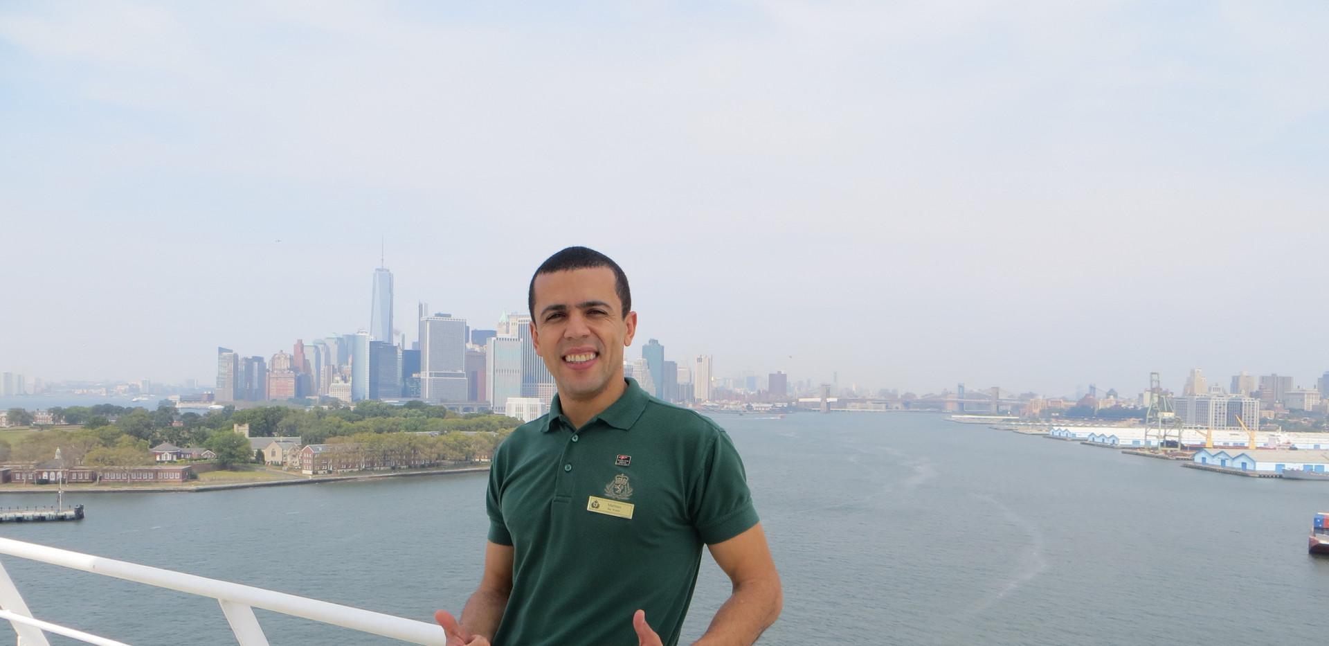 New York on baord Queen Mary 2 2013 .JPG