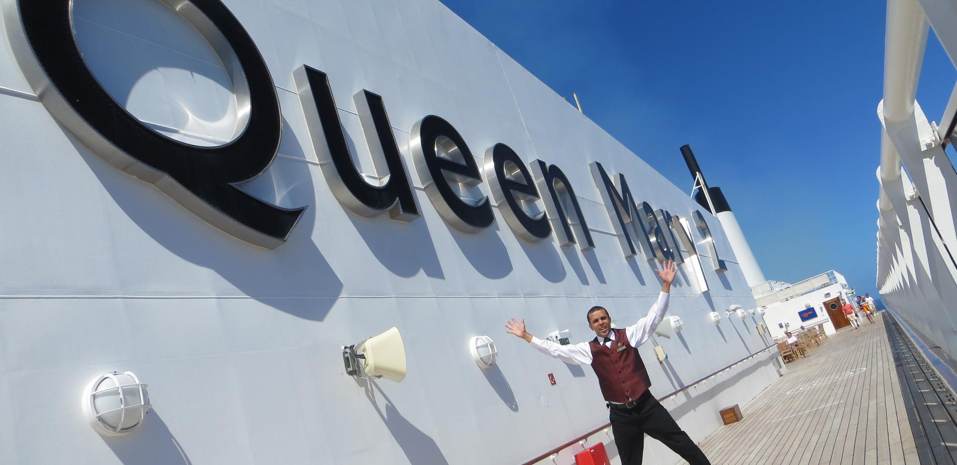 Queen Mary 2 2013.JPG
