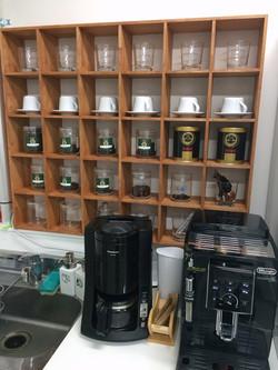 コーヒーの香り漂う研究室です