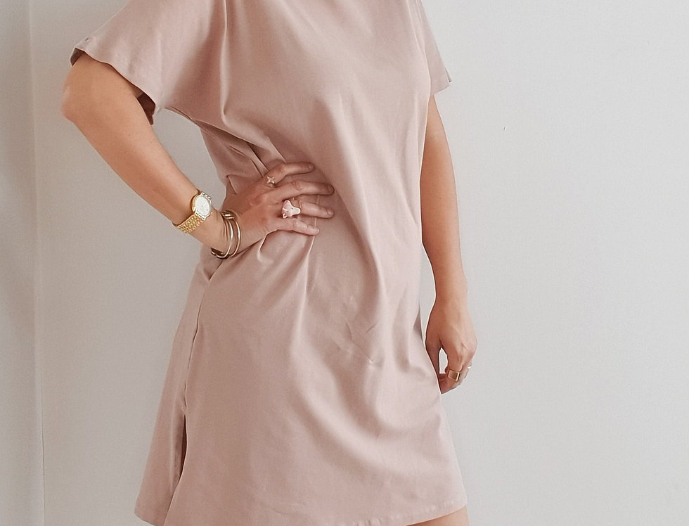 שמלת כותנה עם כיסים ומסיכה פודרה