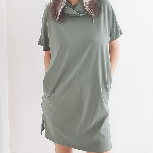 שמלת מסיכה ירוק זית