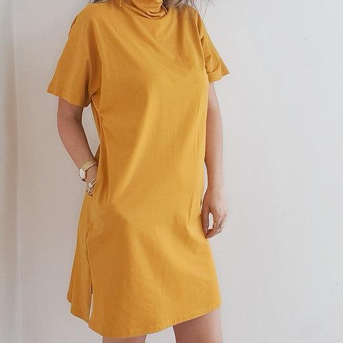 שמלת כותנה עם כיסים ומסיכה חרדל