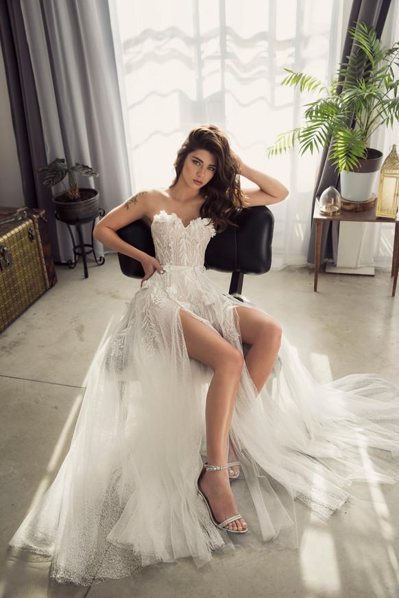 שמלת כלה מחוך רומנטית, שמלת טול