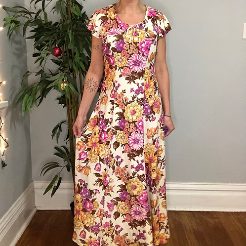 Vintage 70s Retro Floral Print Maxi Dress with Puritan Collar