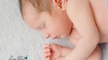La séance nouveau-né d'un adorable poupon :)