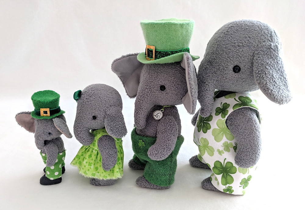 Did you know all the sotreasured.com patterns can be enlarged or reduced to make a whole family of elephants, bunnies, or kitty cats!?