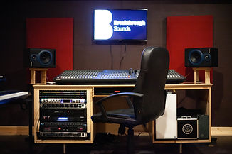 studio-7-2-1.jpg
