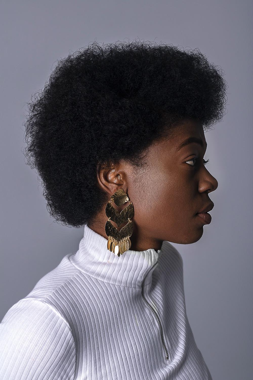 woman hair natural brush bristles
