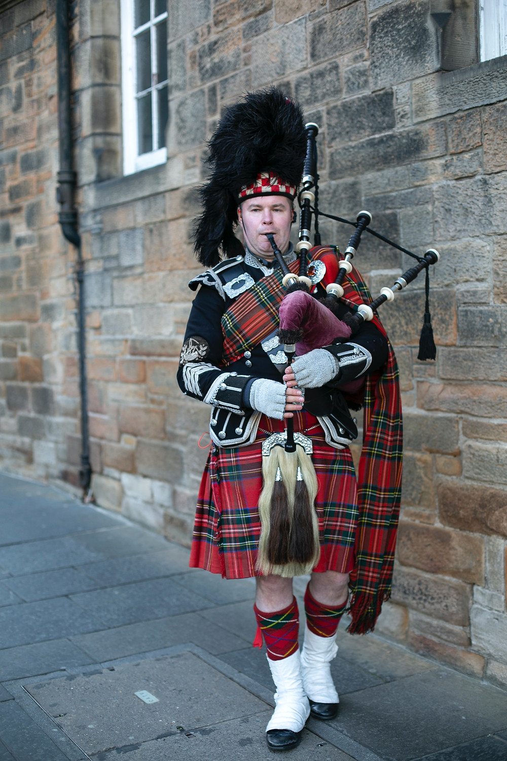 bagpipes scotland travel blog