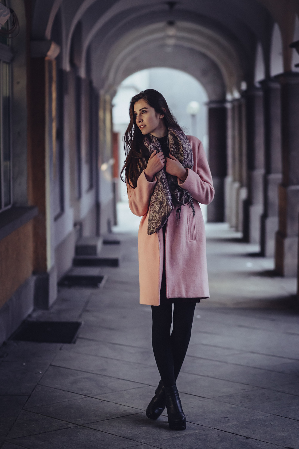 fashion chic paisley scarf outfit style