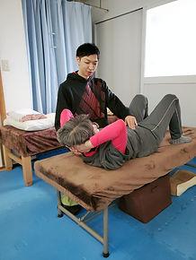 ベッド上での訓練.jpg