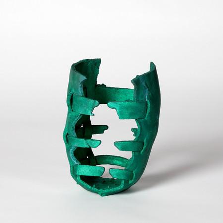 web_cw_raptor-vase-full.jpg