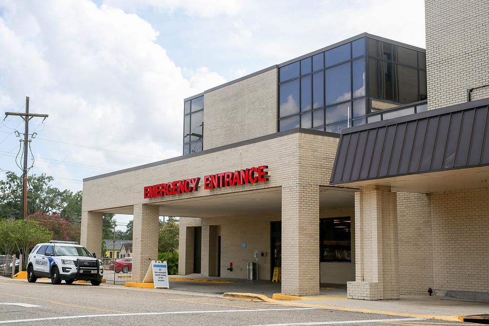 Certains hôpitaux sont à capacité en Acadiana.