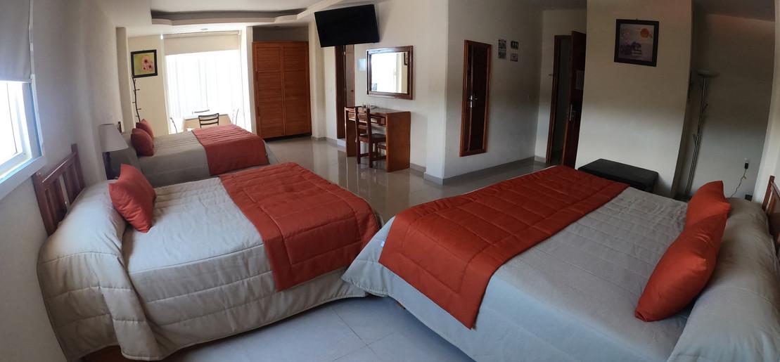 Suite-Triple-GOPR1390.JPG