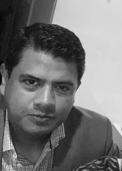Cesar  Santa Cruz