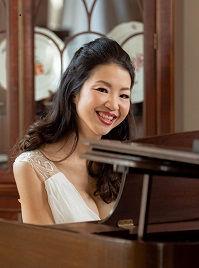 Elina at Piano_cropped.jpg