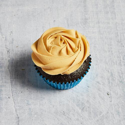 Schokoladen Cupcake mit Erdnuss-Frosting |vegan