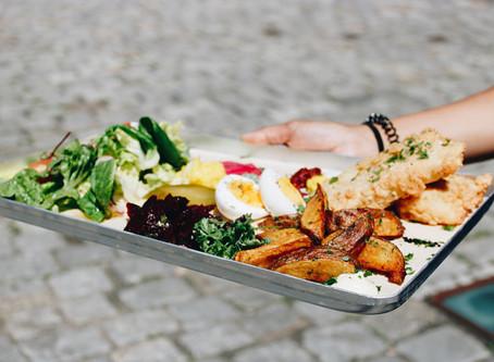 Tradition trifft auf Innovation: Jüdische Küche und vertikale Gärten im Museumsrestaurant Beba
