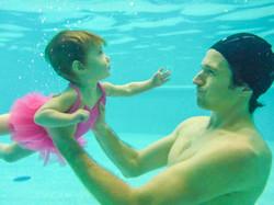 Je nage vers la surface