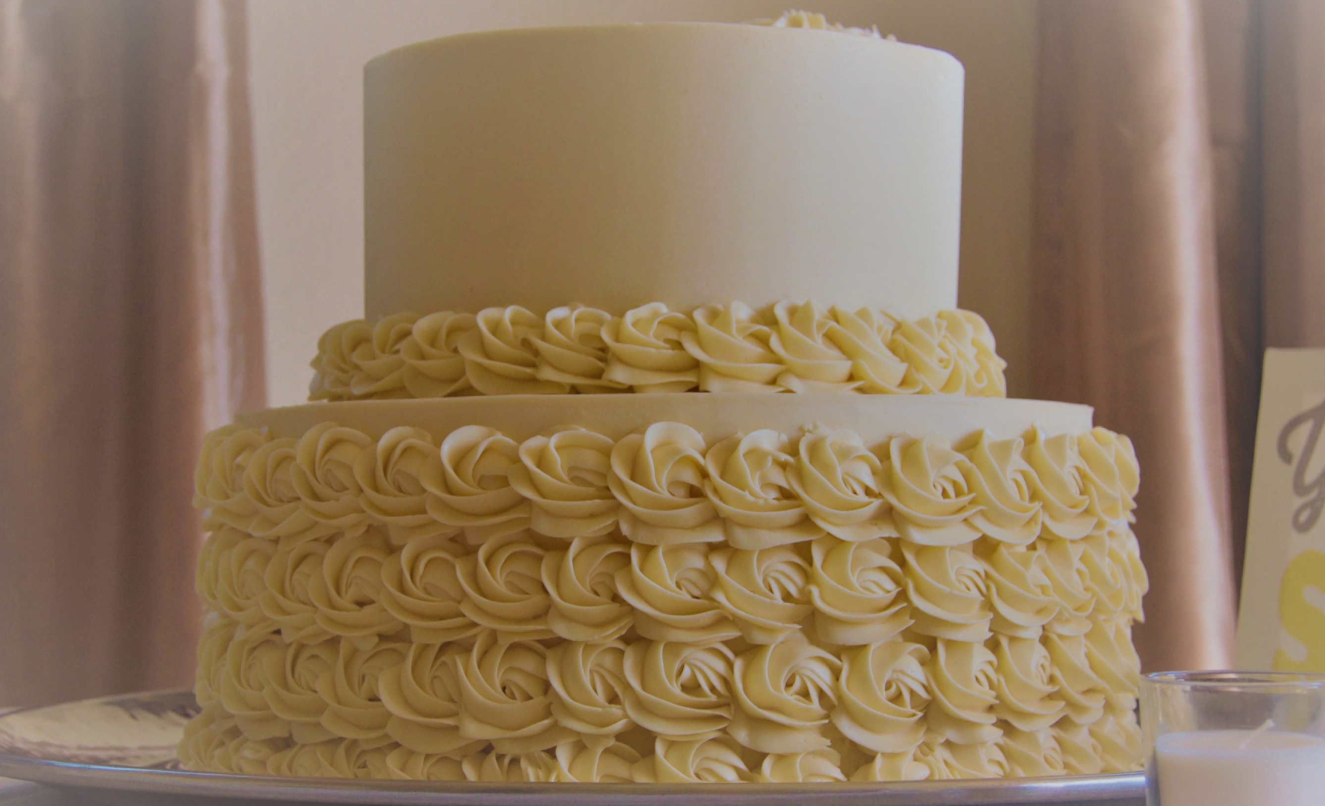 2-Tier Baby Roses Wedding Cake
