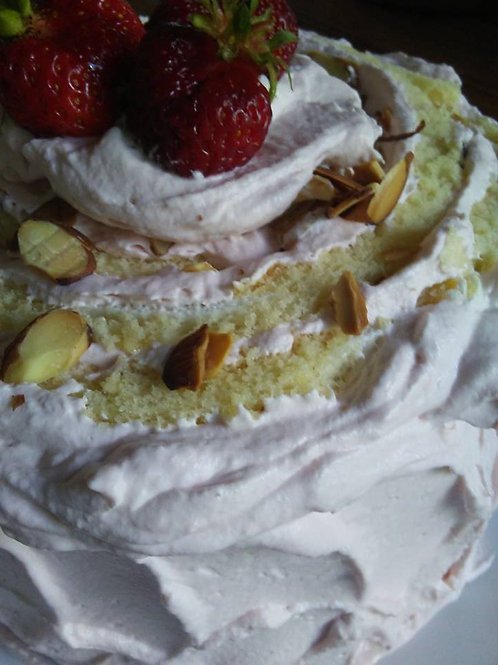 Strawberries & Cream Cake