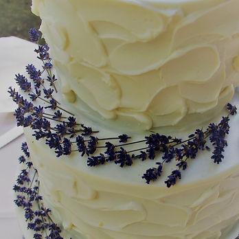 Lavender 3-tiered wedding cake