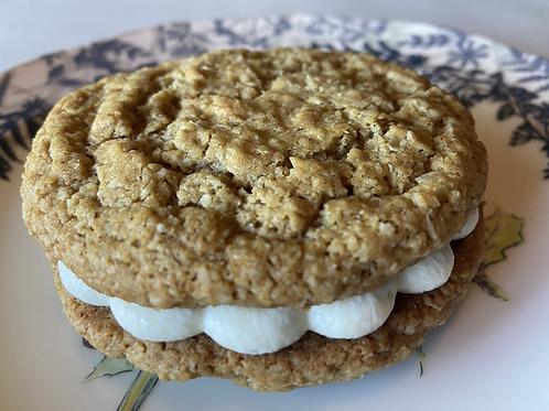 Oatmeal Cream Sandwich (6 qty)