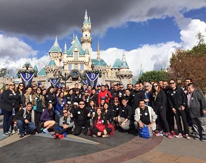 2015-26 years disneyland group photo.png