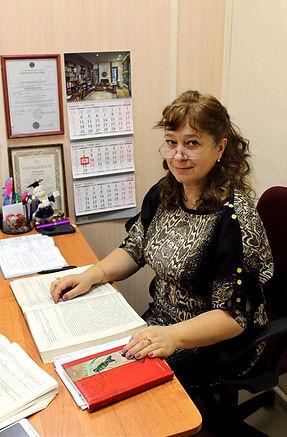 Алла Андреевна Тихонова. Директор