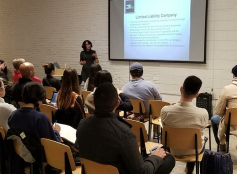 Ms. Salehpour recently spoke on legal tips for entrepreneurs and businesses at General Assembly cove