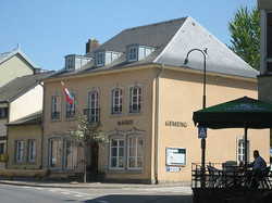 Town_hall_Consdorf,_Luxembourg