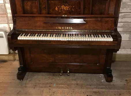 Weidig upright piano