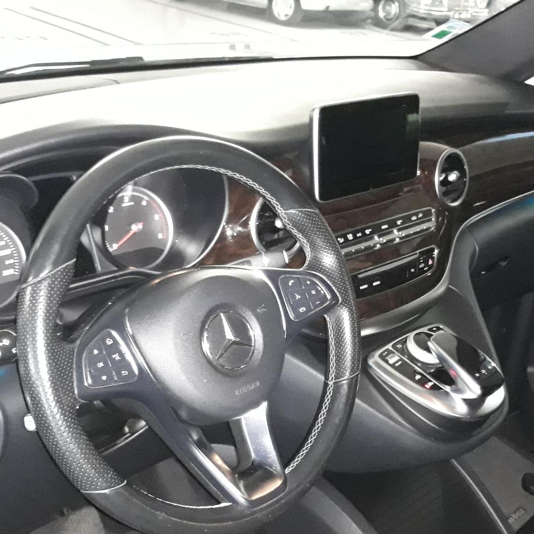 Mercedes V220 Luxo - 7 pax