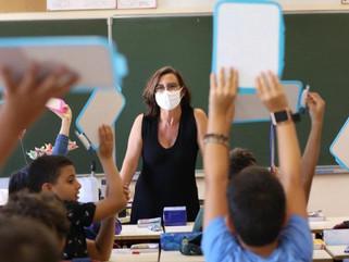 Dos docentes de la Ciudad volvieron a su trabajo y tenían coronavirus