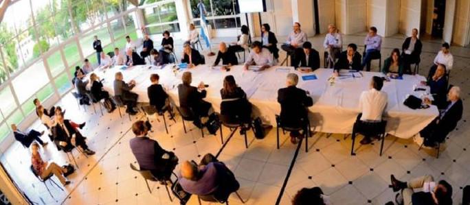 Cuarentena estricta: se define hoy en Olivos junto a gobernadores