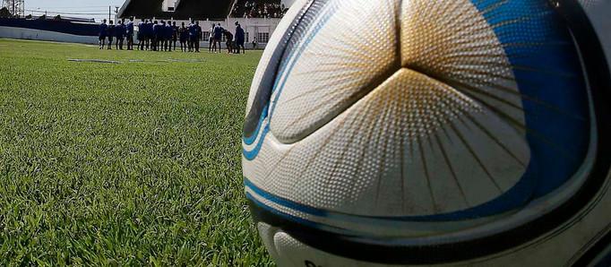 El Gobierno levanta restricciones y el fútbol argentino volvería a fines de octubre