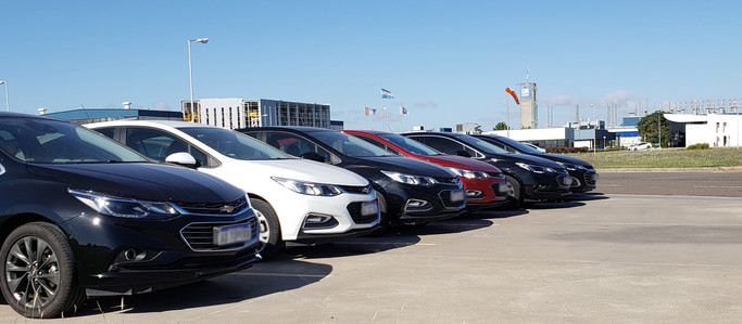 General Motors entrega vehículos al Gobierno de Santa Fe para la movilidad de recursos durante la em