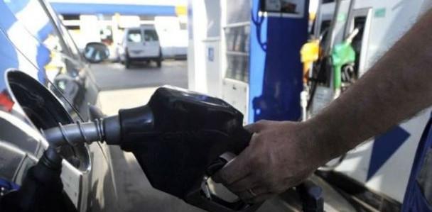 Este sábado, vuelve a aumentar el precio de los combustibles
