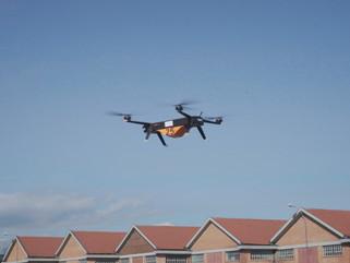Leonardo realiza la primera demostración de un dron con motor eléctrico para transporte de mercancía