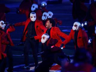 The Weeknd en el Super Bowl: un escenario imponente, fuegos artificiales y una gran coreografía