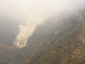 Incendios en Córdoba: el fuego avanza y amenaza al complejo de aerosillas de Los Cocos