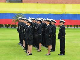 ¡Juramos a la bandera y ascendimos a Guardiamarinas !
