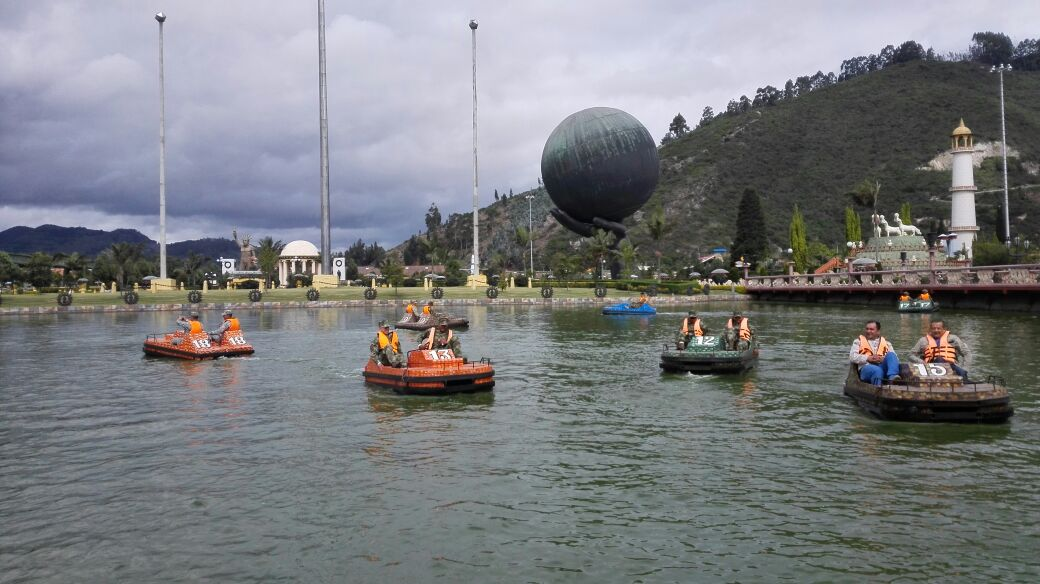 1205 Visita a Parque Jaime Duque