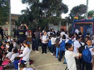 Llevamos alegría a niños de Puerto Colombia