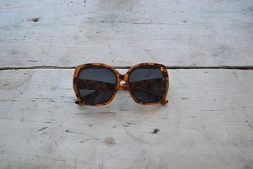 Eliza Gracious Tortoiseshell Oval Rectangular Sunglasses